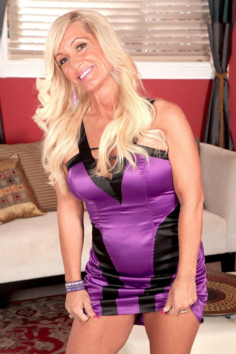 SexyHellQueen from South Ayrshire,United Kingdom
